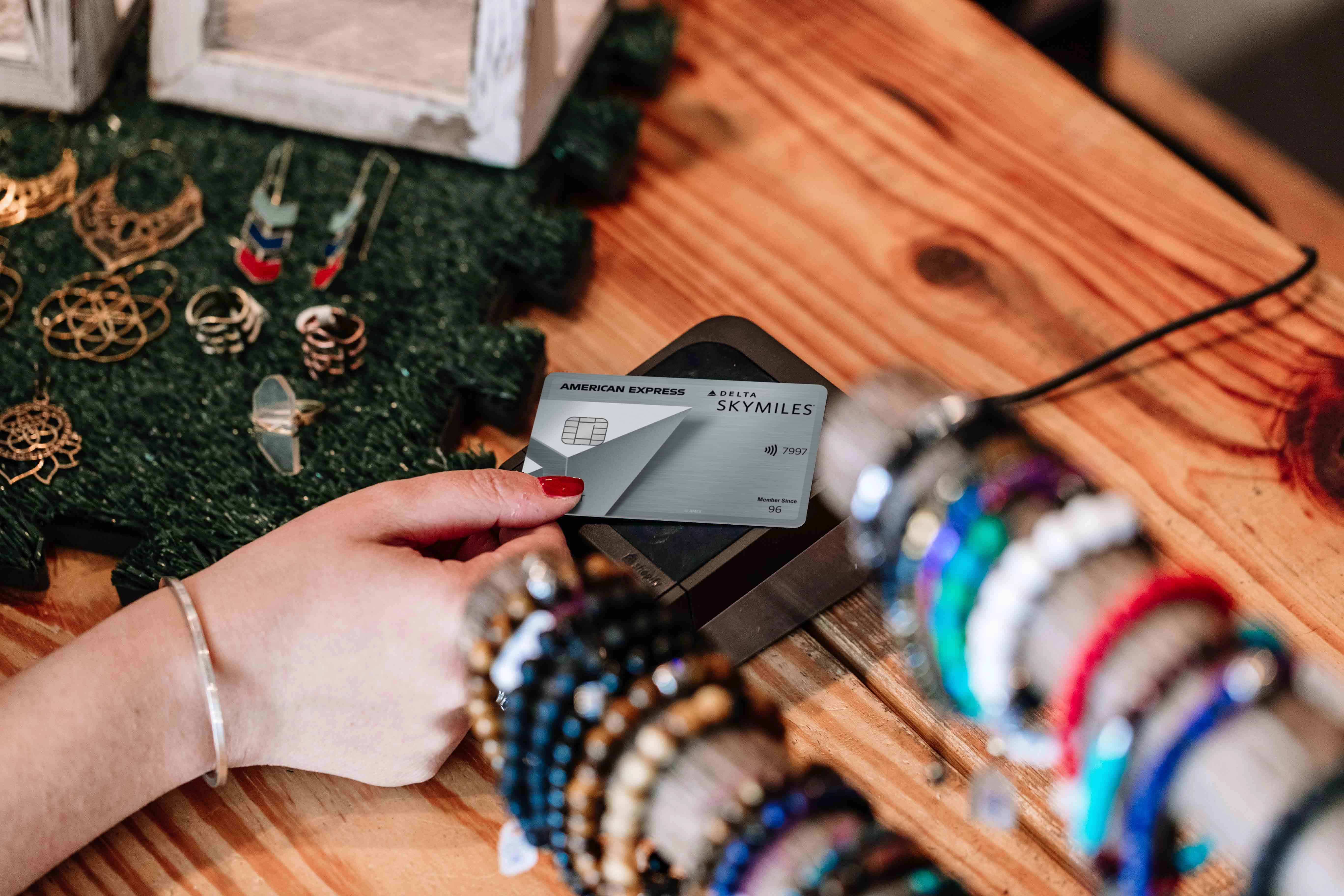 Delta and Amex Roll Out New Welcome Offers for Co-Branded Credit Cards